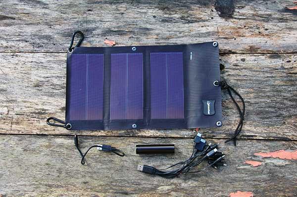 chargeur solaire solariflex usb 1 nopanic. Black Bedroom Furniture Sets. Home Design Ideas