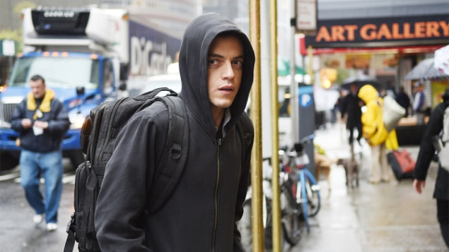 "MR. ROBOT -- ""hellofriend.mov"" Episode 101 -- Pictured: Rami Malek as Elliot -- (Photo by: Sarah Shatz/USA Network)"